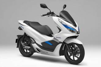 Новинки от Honda: PCX Electric и PCX Hybrid